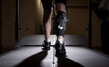 Exosuit makes stroke survivors walk farther