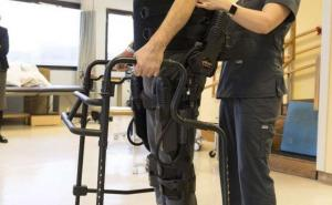 Bionic suit helps paralyzed patients stand and walk again