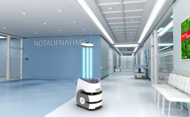 8 autonomous robots for disinfecting surfaces