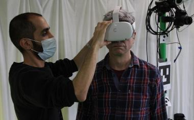 VR could help improve balance in older people