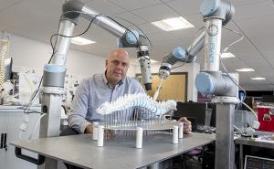 Surgeons use AR, robots to perform spinal surgery