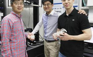 Microrobot delivers stem cells to the brain