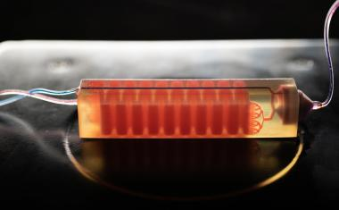 3D-printed device exposes cancer cells