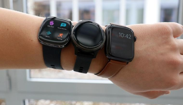 Up until now, standard retail wearables in the form of wristwatches or fitness...